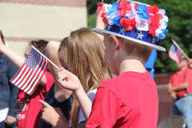 US-flag-wavingsmall